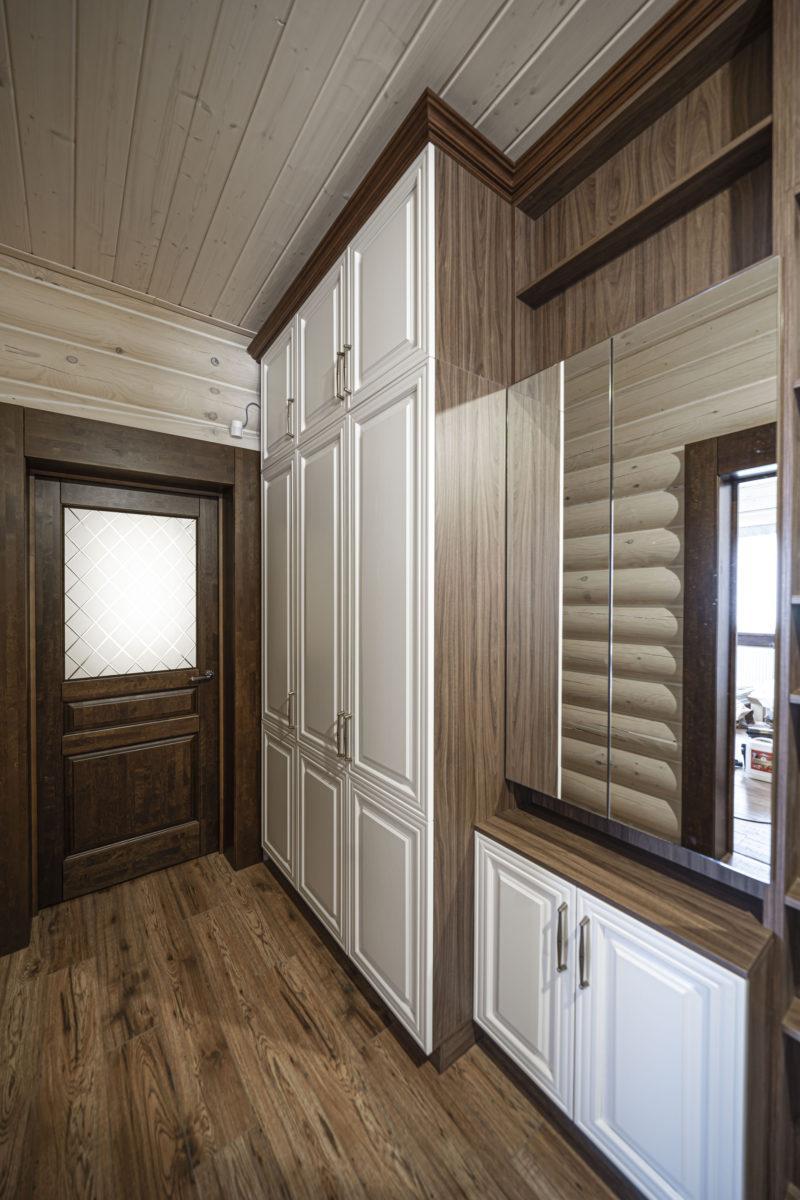 2-6 ступенчатая глубина и комод с зеркальными фасадами